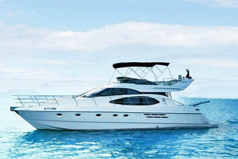 52 ft Aladdin Yacht in Dubai